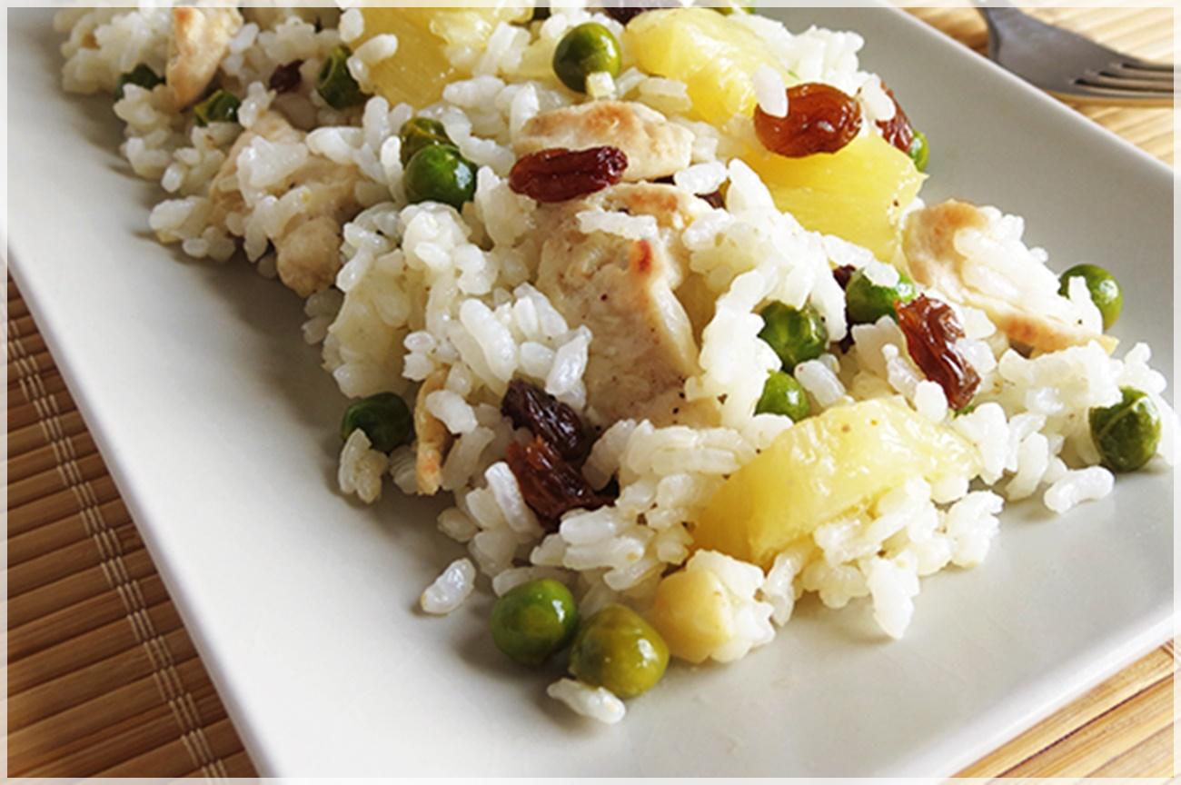ensalada de arroz con piña