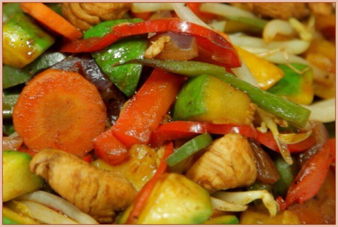 Chop suey con cerdo (comida china)